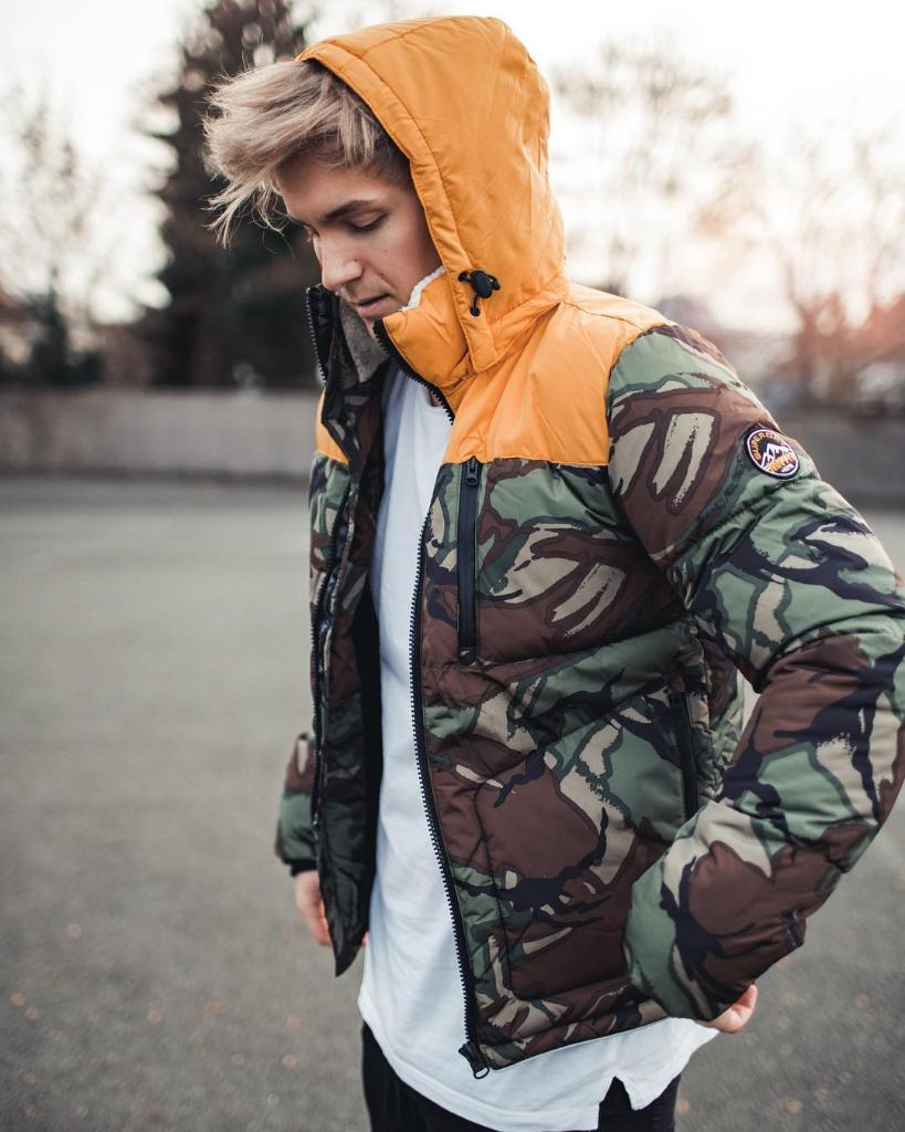Don camo in the urban jungle. sdry.co/2B7tFQz 📷 domi_711