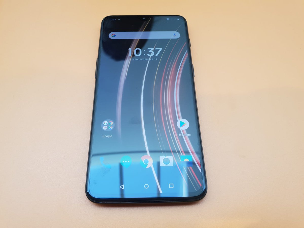 OnePlus 6T McLaren Edition unboxing: Hands on with OnePlus' luxury smartphone...
