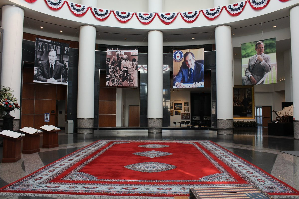The Memorial Exhibit will be open through December 31. If you are unable to visit, you can leave your condolences at bush41.org/foundation/mem… Photos courtesy of U.S. Army Photographer SPC Jonathan Carter