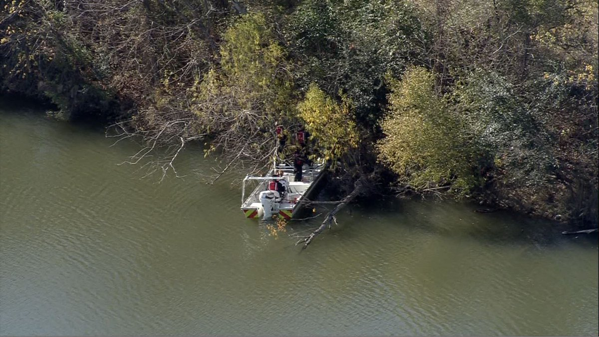 Police investigating after officer finds body in Bayou Run Park https://t.co/BmR6QCu5iJ