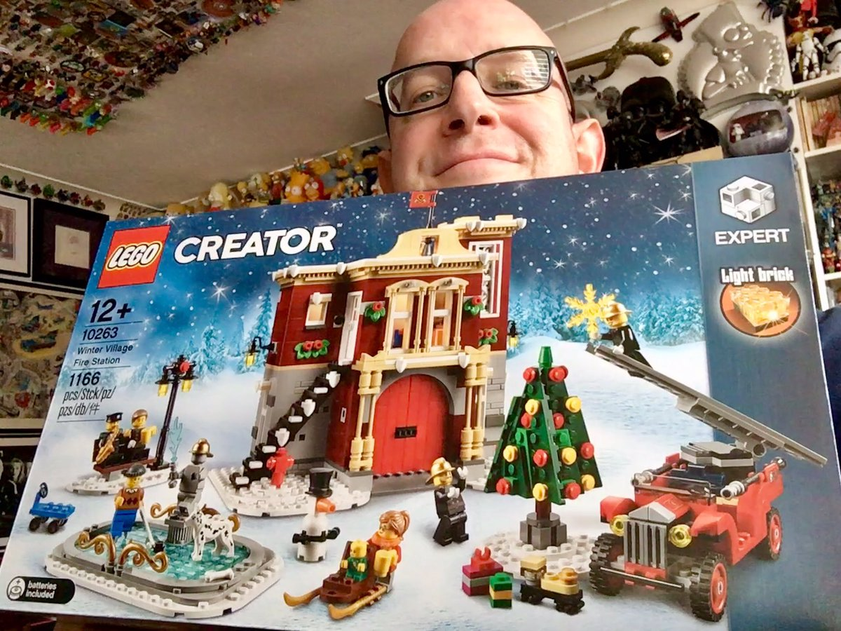 Hello LEGO my old friend - 👨🚒 I've come to play with you again! 🚒 #LEGOCreator @LEGO_Group 🎄