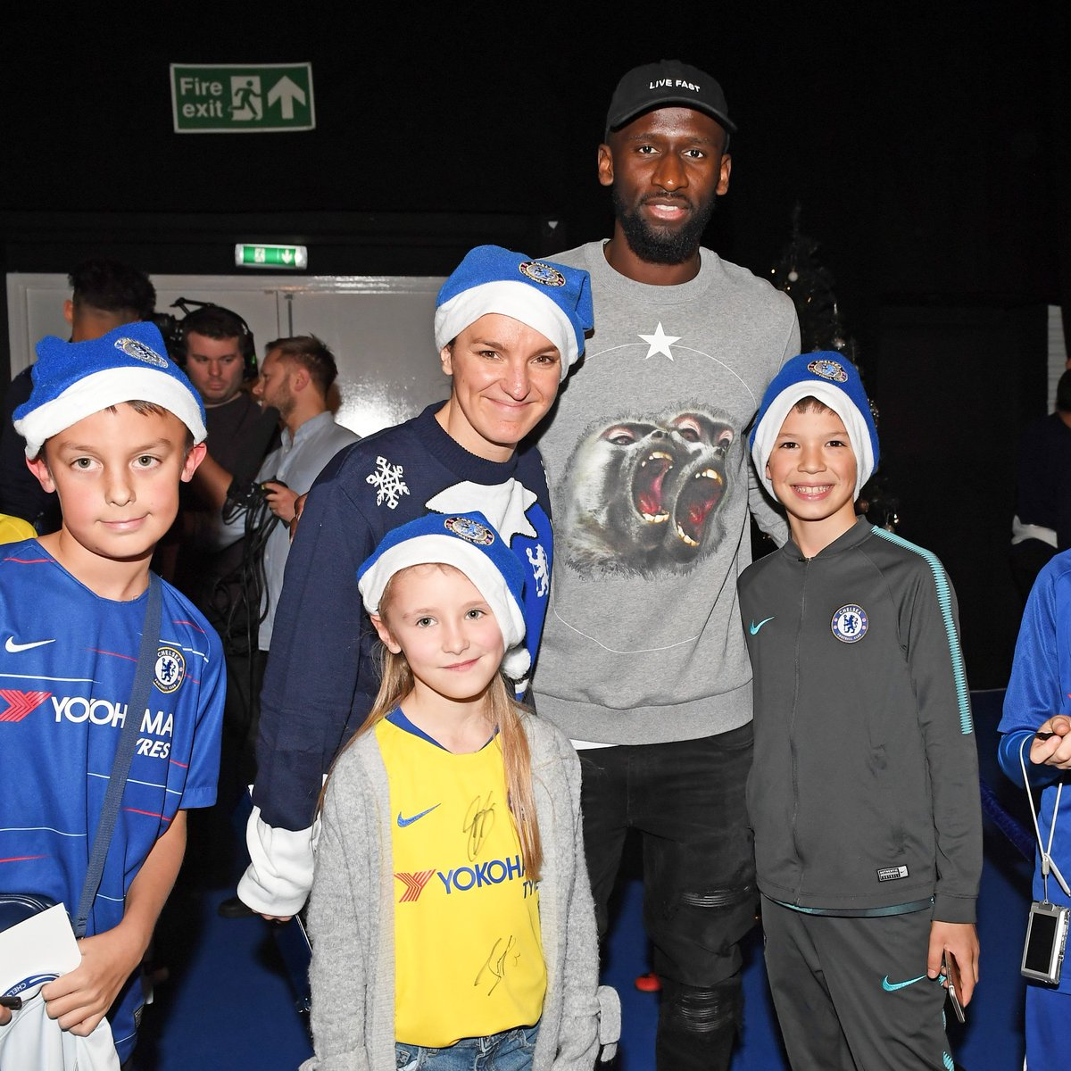 Surprise visit at Bridge kids party yesterday. Always a pleasure to make some young fans happy 🙏🏾💙 #ChelseaFamily #AlwaysBelieve #Hustle @ChelseaFC