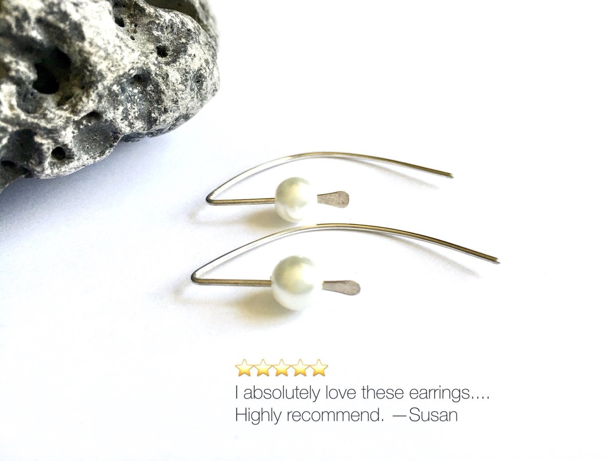 Minimalist pearl and silver earrings