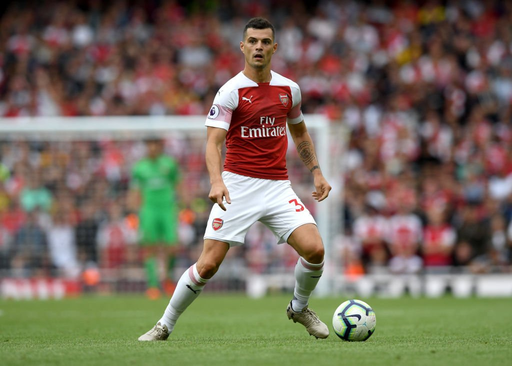 Granit Xhaka has made more tackles (35) than any other Arsenal player in the Premier League this season.  Mattéo Guendouzi is the only teammate who averages more per 90 minutes (3.06 vs. 2.45). <br>http://pic.twitter.com/Gx3EWFzrIV