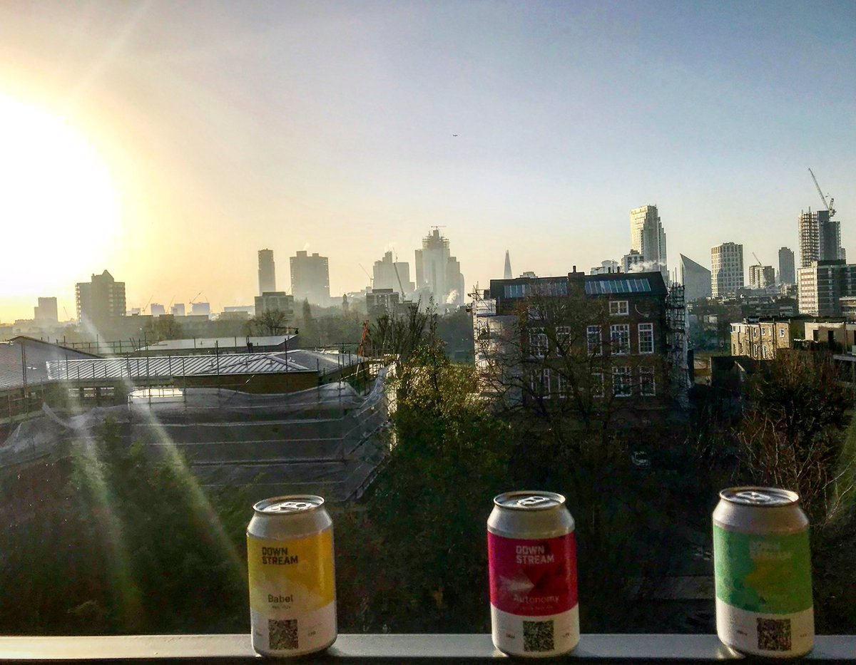 Blockchain brew with a view   Now available for direct delivery 🚚 to your door @ https://t.co/SftSqq5OsR   Follow your barely to bottle journey today & celebrate transparency in craft beer  #borncurious #trustthroughtransparency @IreCraftBeer @DistilledID @Flavourly https://t.co/uZ7afHRFP5