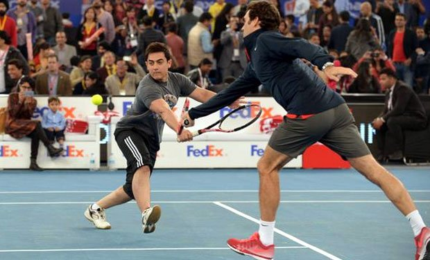 Aamir Khan and Roger Federer playing as doubles Tennis partners. <br>http://pic.twitter.com/jK9doogzKA