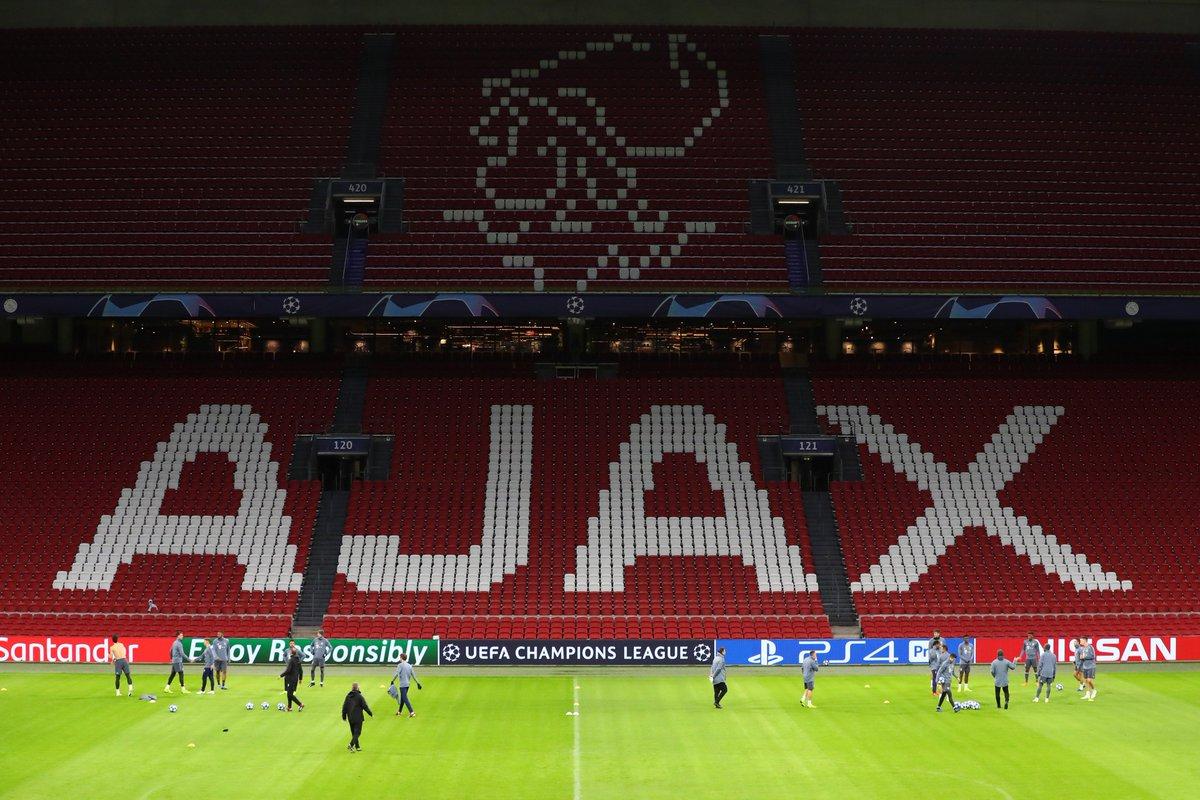 Abschlusstraining in der Johan Cruijff ArenA. 🏟⚽  🔜 #AJAFCB #packmas #ChampionsLeague #FCBayern #MiaSanMia