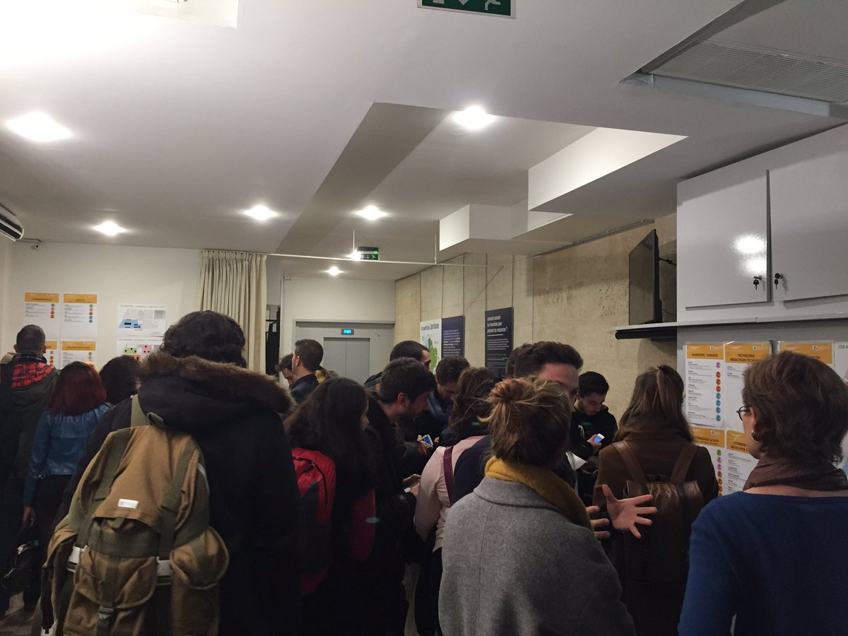 Gros succès ce soir au #JobMeeting de @Bdx_Technowest ! 🙆🏻♂️ 270 participants / 70 offres disponibles / 25 #startup de la technopole ! 📈  #job #emploi #i4emploi #recrutement