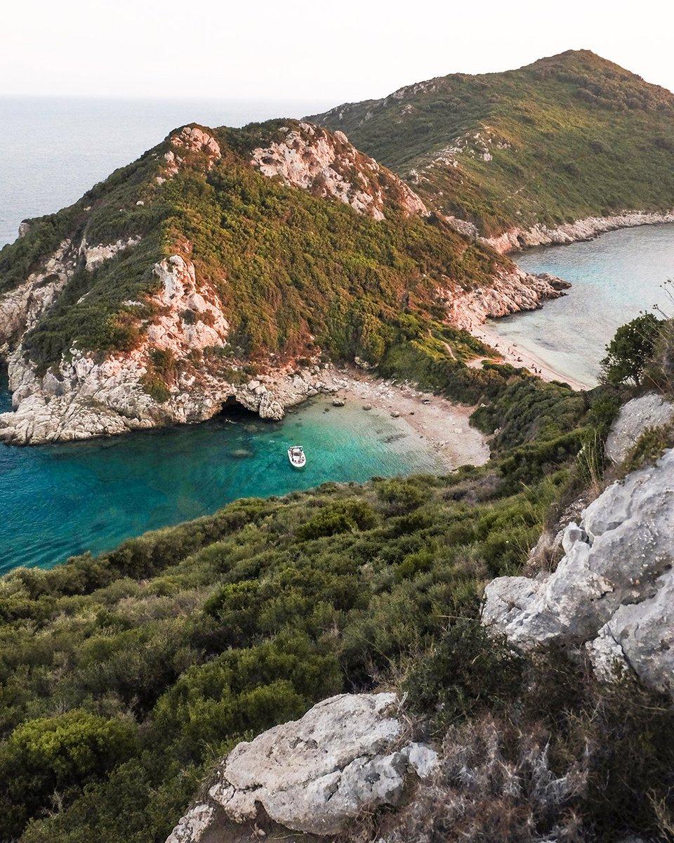 Porto Timoni Beach, Corfú #EstrellaGuide Discover more secrets of this Mediterranean spot here: https://t.co/W6zZ7umw4J https://t.co/G32unoZ8vm