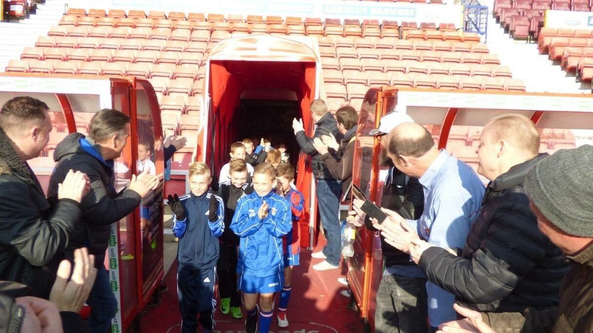 What better way to start the new year with your grassroots team or community group than with one of our match day experiences! This package includes a ground tour, coaching session, Domino's lunch and a ticket to watch @Official_STFC For more info contact brad@stfc-fitc.co.uk