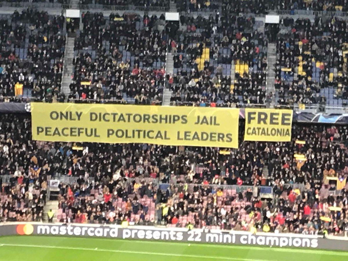 That's a proper banner #NouCamp