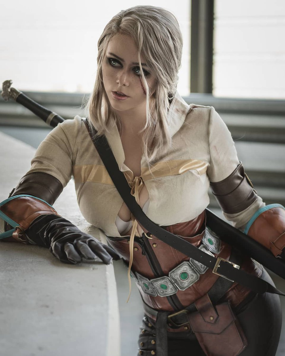 Ciri - Cosplayer — eSports Foro