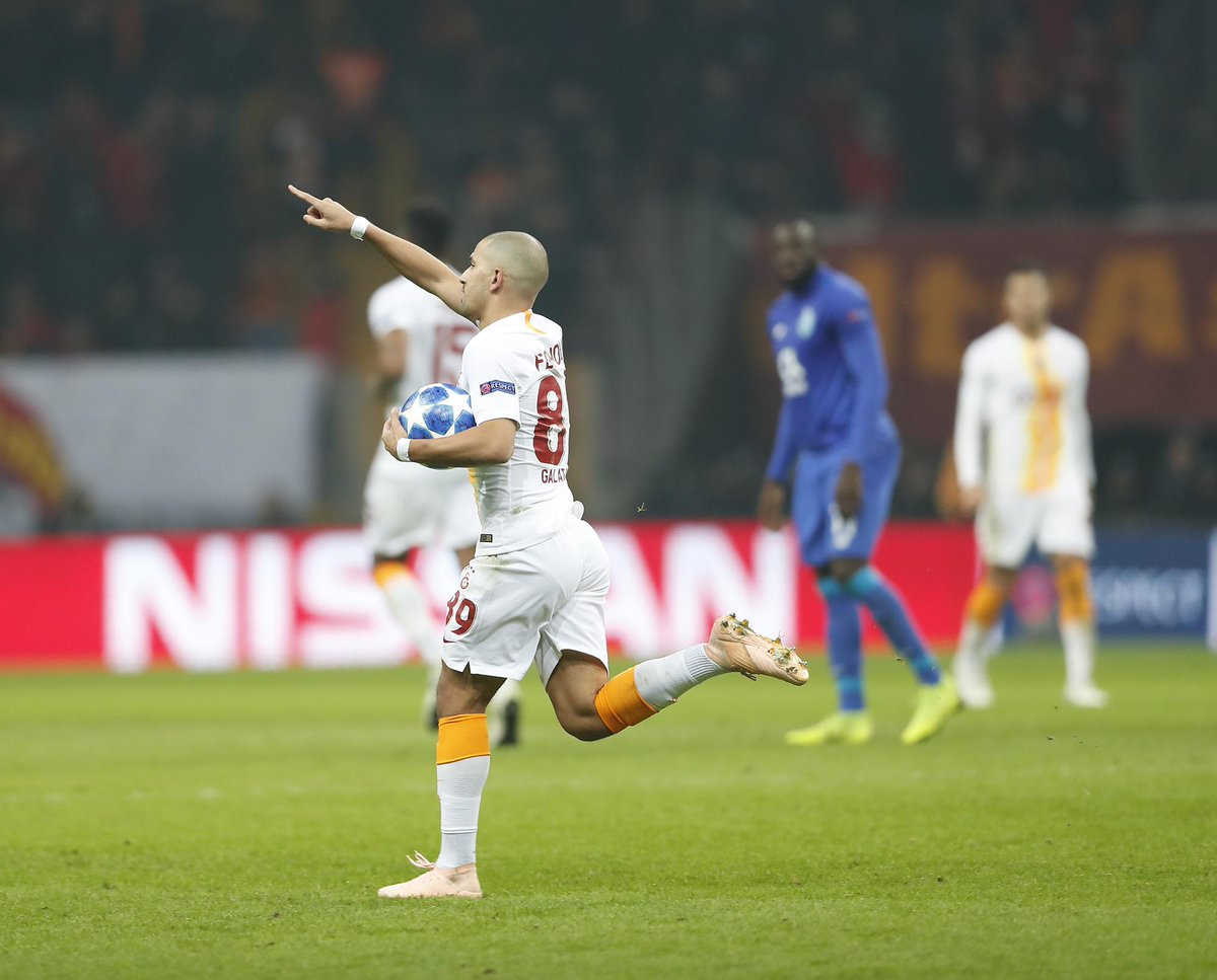 بورتو  يعود بالفوز من تركيا على حساب جالطة سراي 26