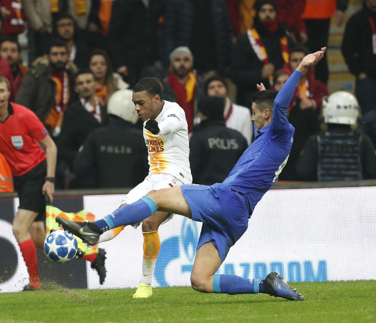 بورتو  يعود بالفوز من تركيا على حساب جالطة سراي 27