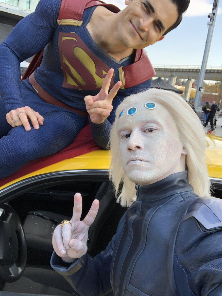 Superman y Brainiac-5 #Supergirl #Batwoman #Arrow #TheFlash #Elseworlds