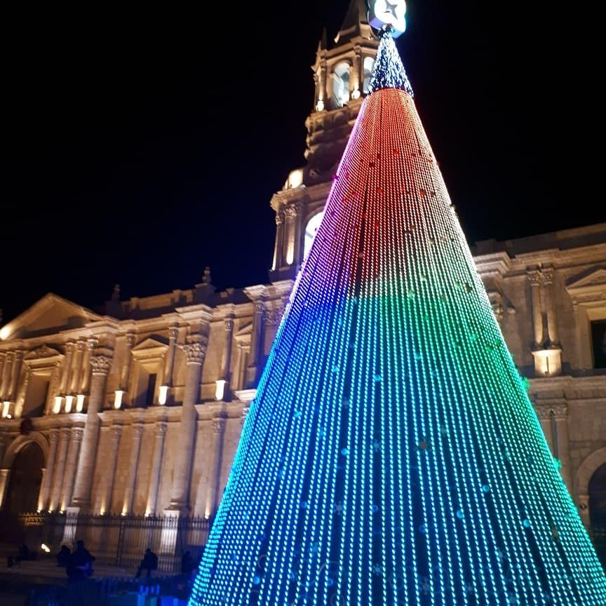 Triste salgo de #Espinar, pero me alegro de ver #plazadearmas #Arequipa :) arequipa #FIESTA #navidad #xmas #caminomayutinkuy #Suykutambo #Peru #peruvianculture #Travel #travelinspires @Havenlust @vakantaseren @travelguidexp  @Travelers_Todos @AnaErleneNM  http://Espinarperu.com