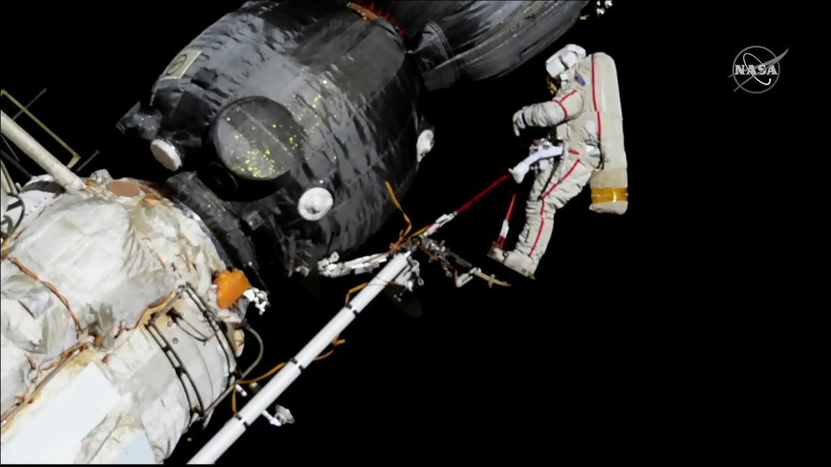 Cosmonauts Oleg Kononenko and Sergey Prokopyev completed a spacewalk lasting 7 hours and 45 minutes to inspect the Soyuz crew vehicle.  https:// go.nasa.gov/2EgizeY  &nbsp;  <br>http://pic.twitter.com/uogajeAZt3