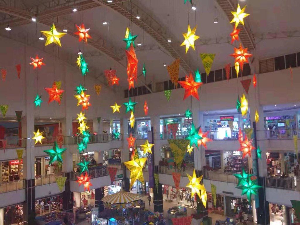 Christmas Lights In Pampanga.Christmas Lanterns Light Up This Season Of Love And