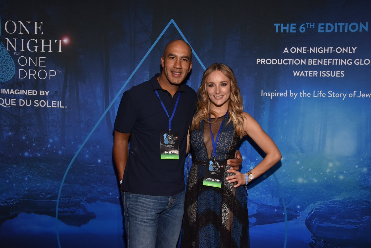 The poker community has been especially generous and we love spotting their faces at all of our events! Last year we had the pleasure of @bp22 and @larasebastian in the audience! Please join us March 8th for #ONOD2019: https://bit.ly/2iVSTL4  #onenightonedrop