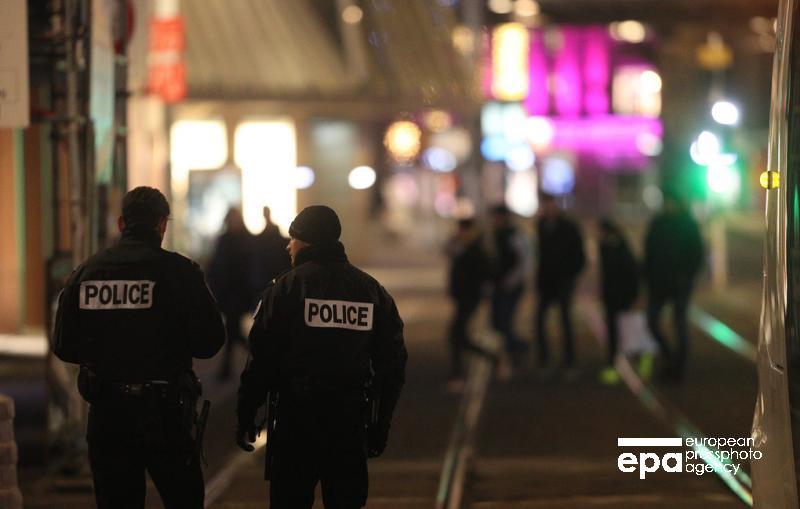 Власти Страсбурга подтвердили гибель двух человек в результате стрельбы https://t.co/6KGA04K6R6