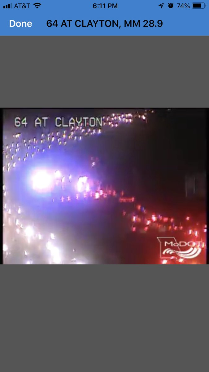 Only the right lane is getting past this injury accident on westbound 64 before Lindbergh, jamming traffic back through Kingshighway... @kmoxnews #stltraffic<br>http://pic.twitter.com/NORi77CCTZ