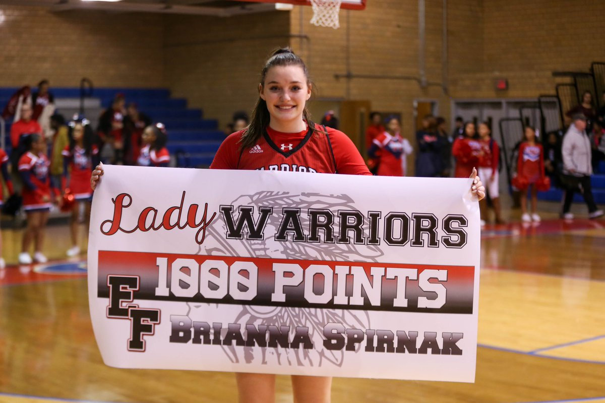 congratulations to Elizabeth Forward's Brianna Spirnak, crossing the 1000-point mark in her high school basketball career this evening against McKeesport <br>http://pic.twitter.com/8e3PmzEqyT