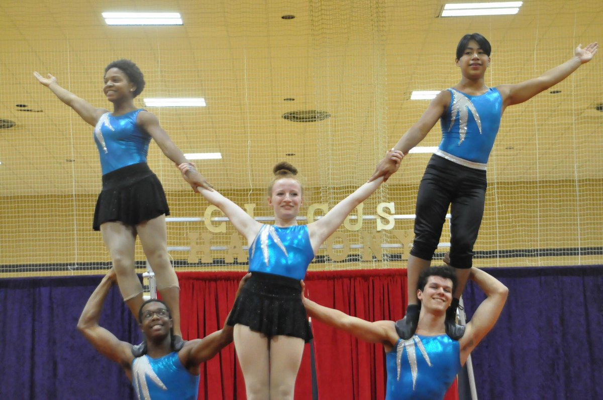 Bring the family to @PNCBank Arts Alive presents Circus Harmony in the Parks at Wohl Recreation Center 1515 N Kingshighway on Saturday Dec 15 at 1pm for a free circus show and workshop for all!#BePartOfArt!<br>http://pic.twitter.com/XIRXJZVmwy