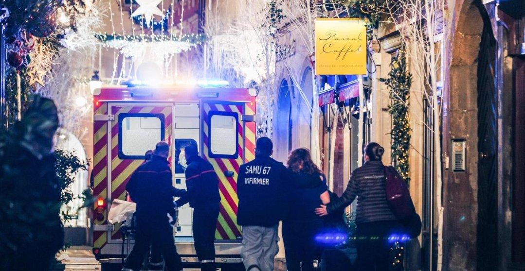 #Strasbourg  Castaner : «Nous sommes en posture de vigipirate en vigilance renforcée. Le gouvernement vient de décider de passer en urgence attentathttps://t.co/Ejryz7C9vD»