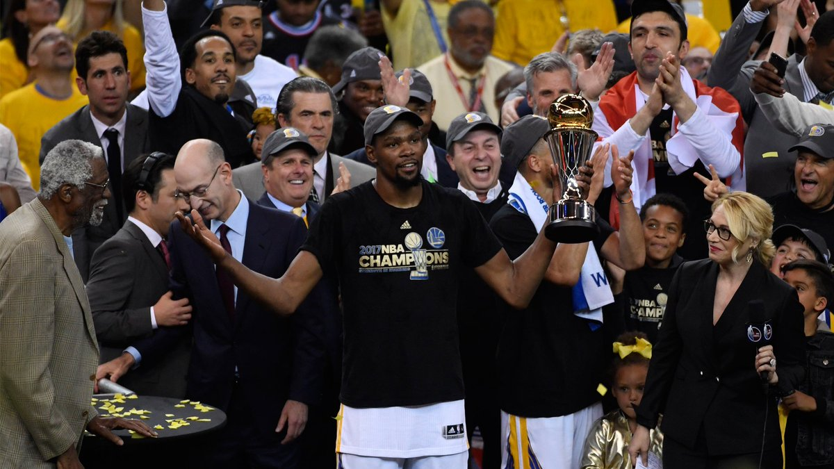 Kevin Durant envisions getting a statue in front of Chase Center, being a Bay Area legend forever... bit.ly/2EpLIp1