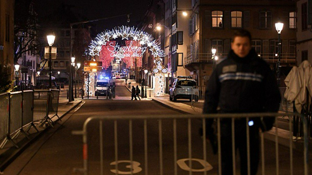 France shooting: 2 dead, several wounded in Strasbourg https://t.co/B2si0QEGvO