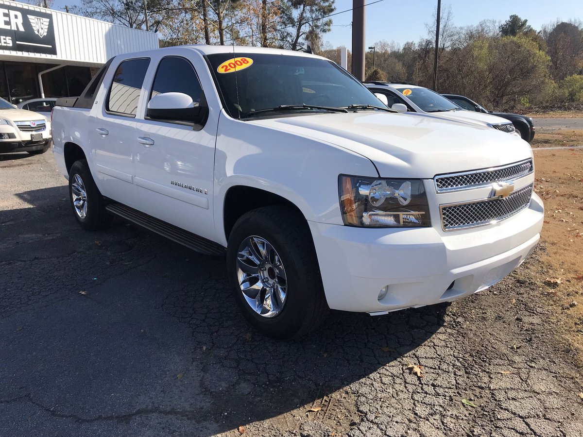 Pioneer Auto Sales >> Pioneer Auto Sales On Twitter 2008 Chevy Avalanche Clean