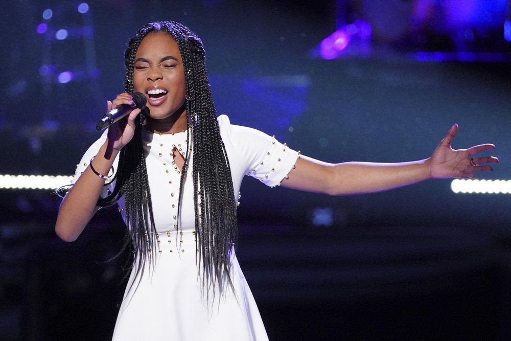 This girl does NOT deserve to go home!! She DOES deserve to be in the finale!! #VoiceSaveKennedy https://t.co/vHeLFwVN6T
