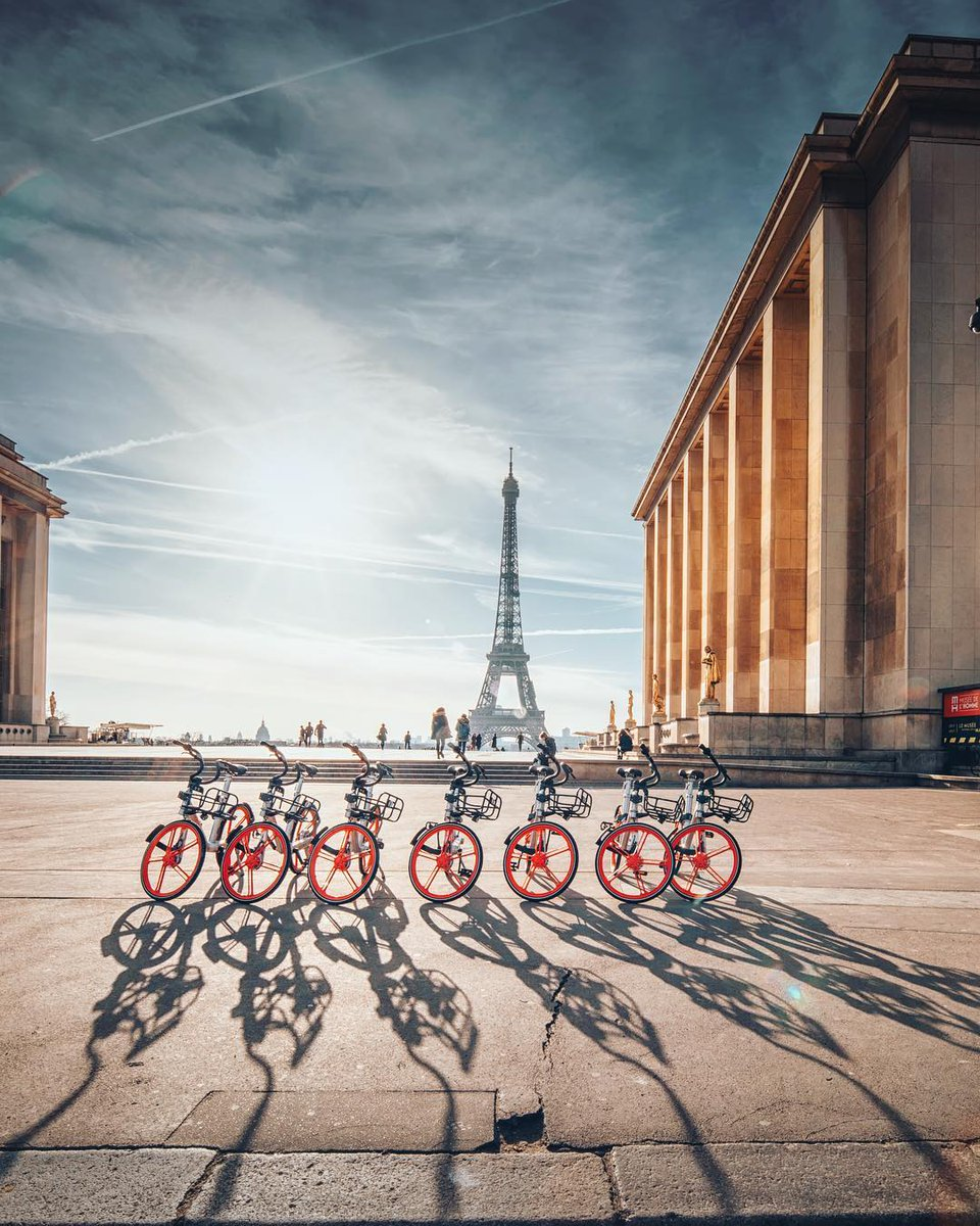 A bike ballet 📸 for #WHPNaturalLight instagram.com/p/BrRQ8YBhlKX/