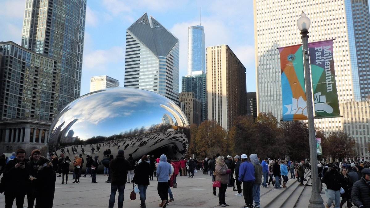 """Shared from Photos app 1 photo """"The Bean"""" in Chicago"""
