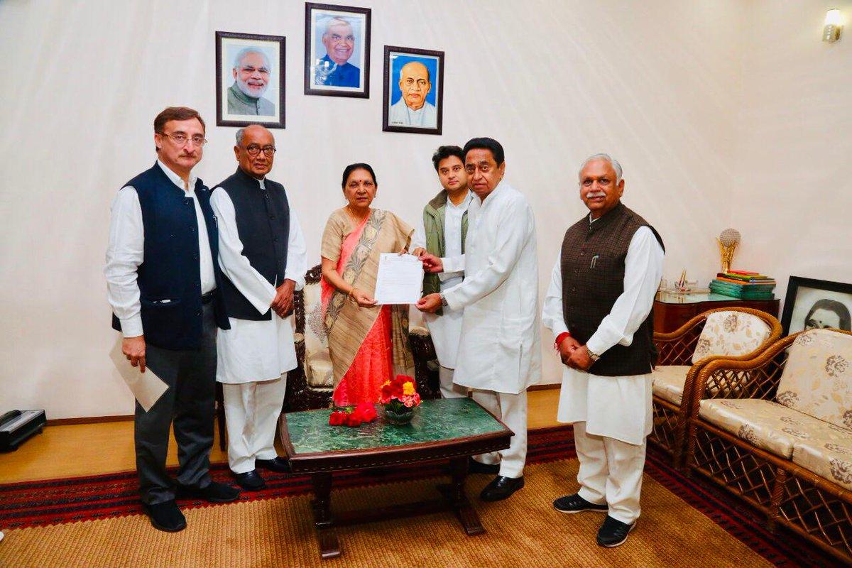 Our senior leaders from Madhya Pradesh @with_kamalnath@JM_Scindia @digvijaya_28 @VTankha  &  me@pachouri_officeet with Governor  to@anandibenpatel stake our claim to form govt.   #CongressWinsBIG