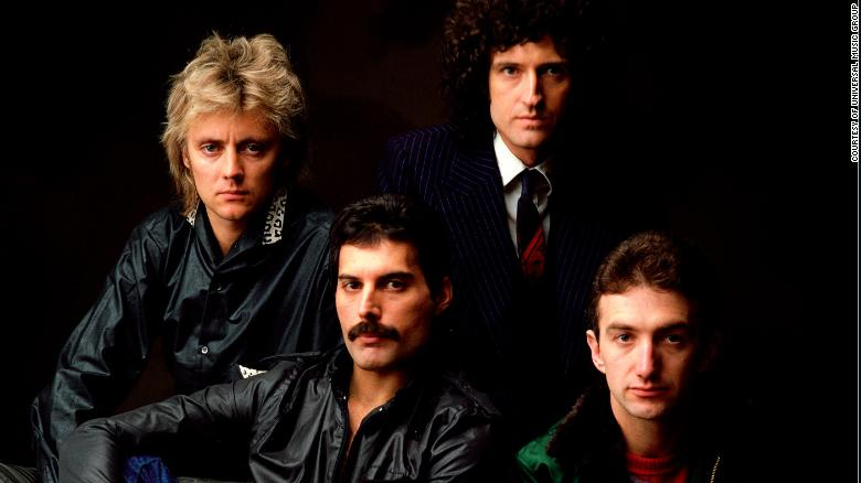 Queen's 'Bohemian Rhapsody' is now the most-streamed song from the 20th century https://t.co/HLs2O6QolE