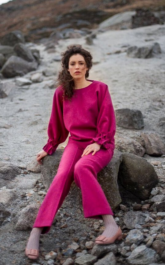 Glenveagh Tunic top & Tievebane trousers are so pretty in pink! http://www.berniemurphy.com #donegaltweed #irishfashion #limitededition #heritagestyle #timelessstyle #madewell #christmas #pink #madetoorder #luxury #style #officestyle #guaranteedirish #alltogetherbetter #WearingIrish