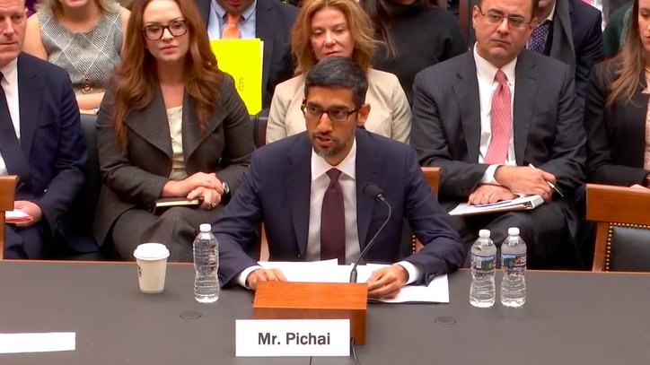 Google CEO explains why searching for 'idiot' brings up pictures of Trump https://t.co/SDAGjvkXo6