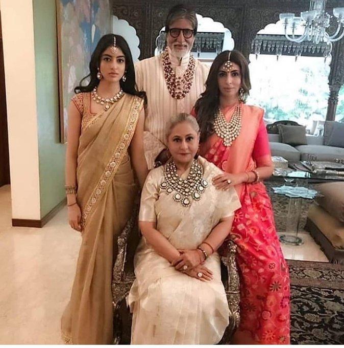 Bollywood  - Page 2 DuN1jL5WsAAyMiA