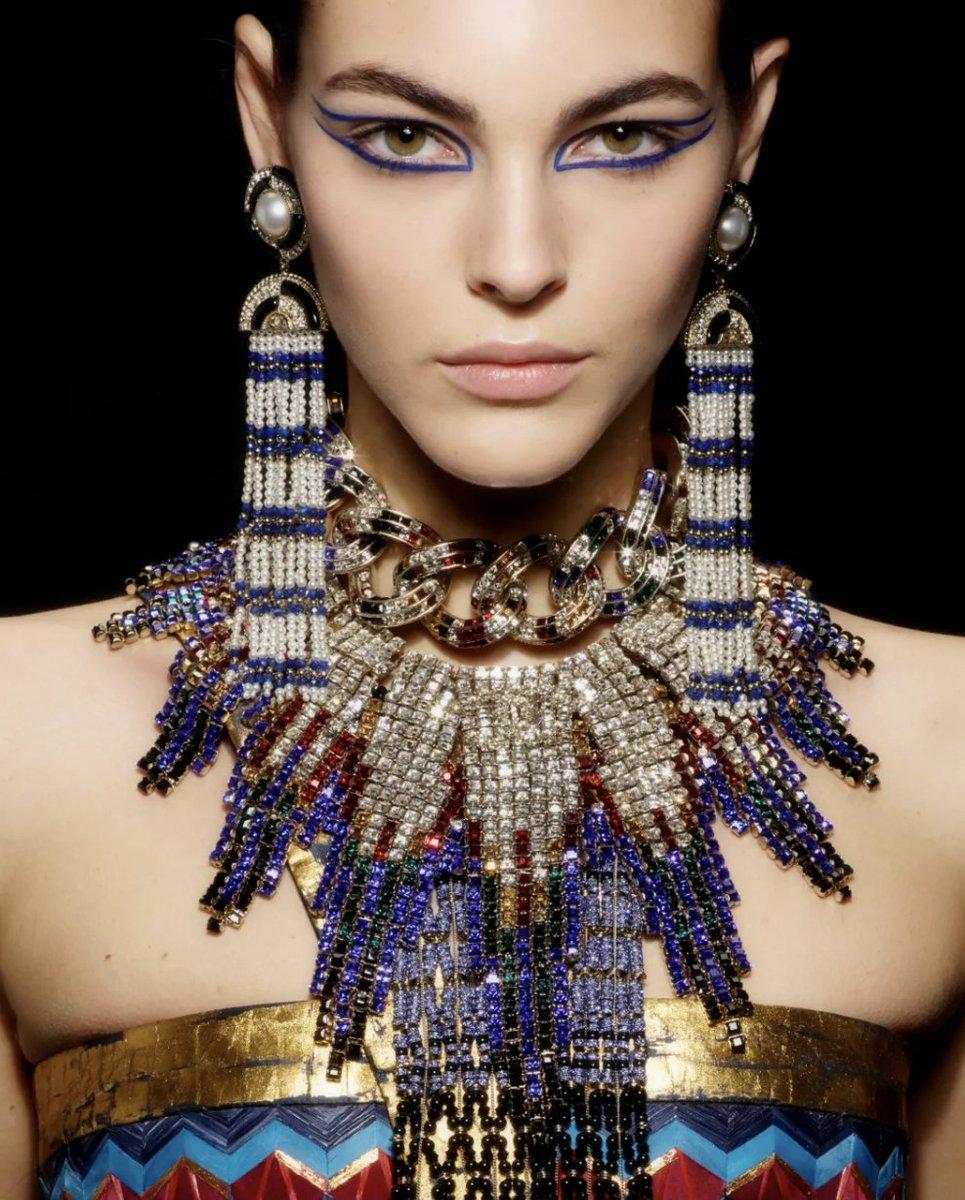 Elite Model Look Vittoria Ceretti For CHANEL Shot By KarlLagerfeld Apply To Now Tco 2Dlkt2z5U3