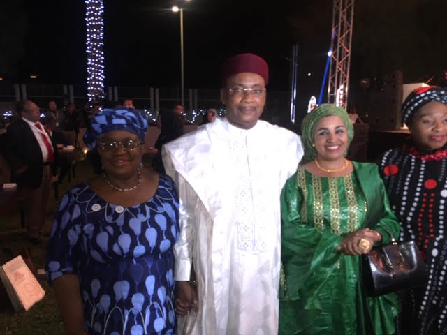 In Abu Dhabi with @gavi champions and wonderful advocates for immunization of our children! HE President Mahamadouou Issoufou, President of Niger and his wife the First Lady of Niger, together with Africa's First Lady of Song Yvonne Chaka Chaka.