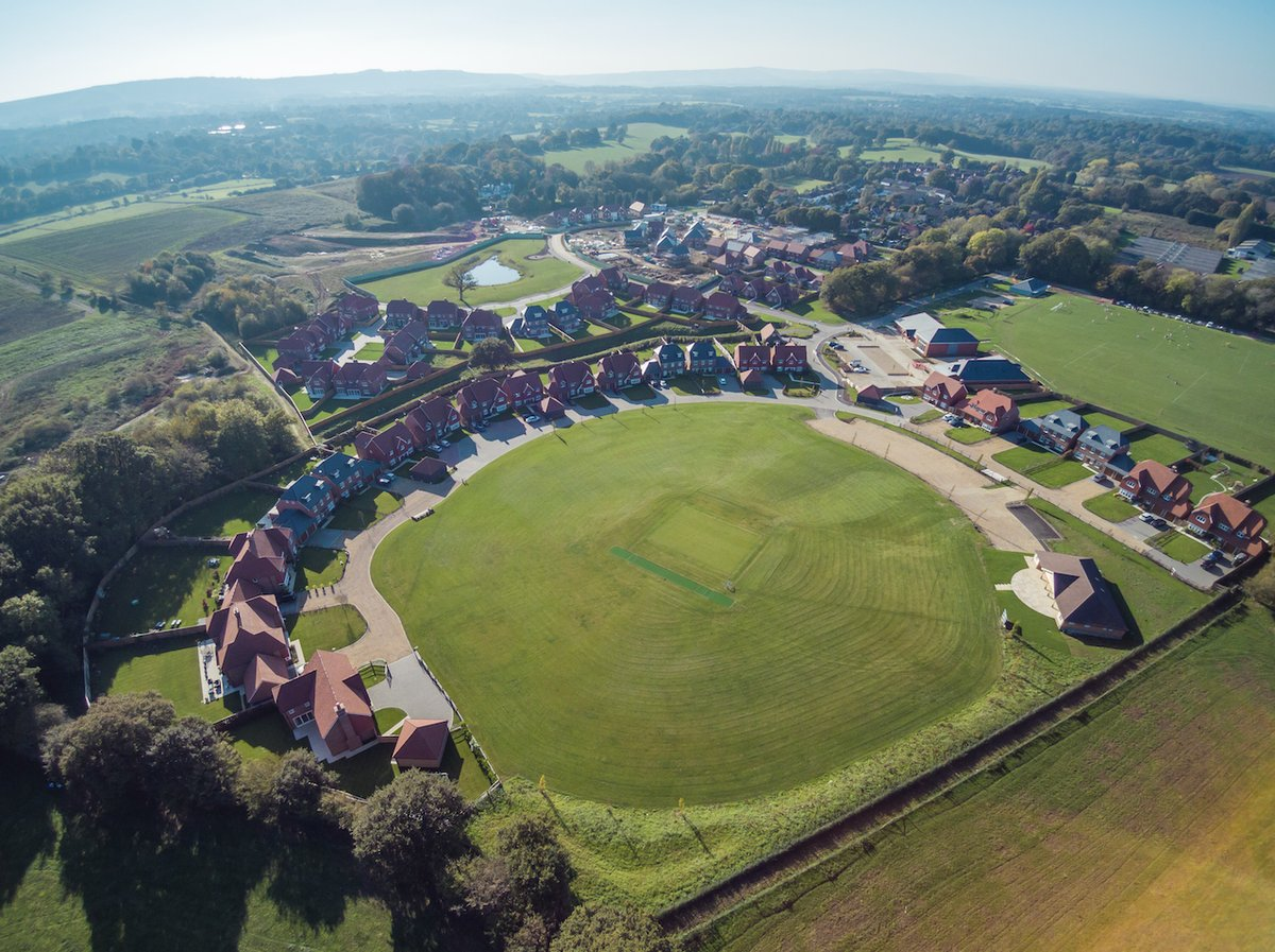test Twitter Media - A great view of Abingworth Meadows, a prestigious @Oakford_Homes development progressing nicely. HBS's M&E divisions are delivering an integrated package to 80+new homes, a village hall, local shop, changing rooms & cricket pavilion. Read more: https://t.co/RDRN46w2Gp https://t.co/R9KkzY6dBm