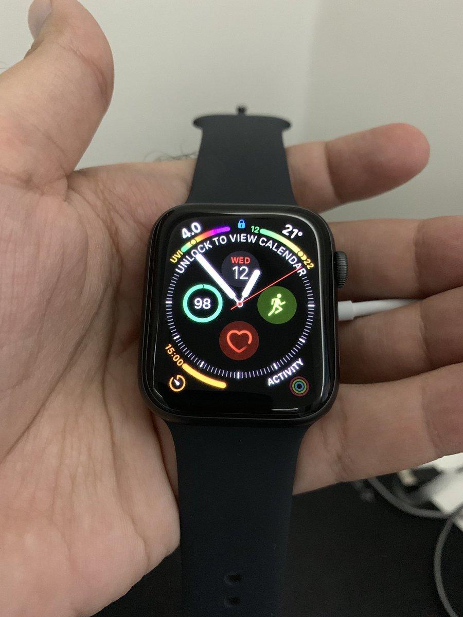 """أسامة الضاوي on Twitter: """"ساعة أبل الاصدار الرابع مقاس ٤٤ النسخة الرياضية.  النسخة الخلوية بس مافعلت فيها الخط Apple Watch series 4 44mm Sport edition  Cellular #OsamaWatch4 تجربتها بتكون تحت هالتغريدة بإذن"""
