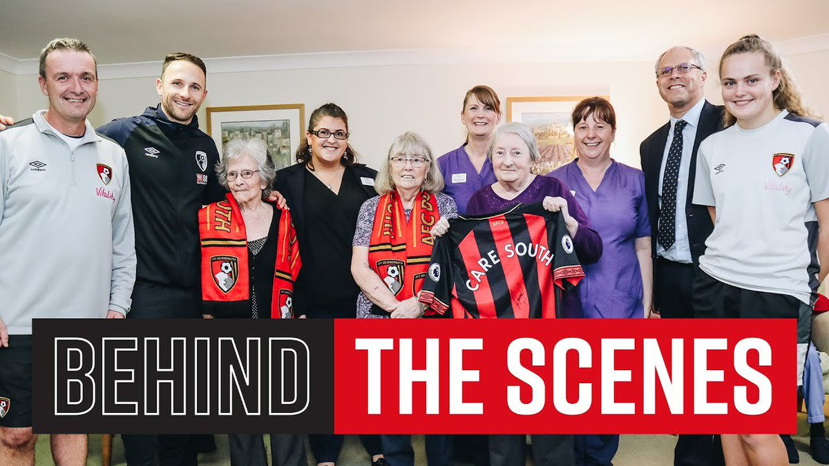 PUGH VISITS CARE SOUTH RESIDENTS | Christmas community visit #Clarets  https://fanly.link/f70d6dabd0