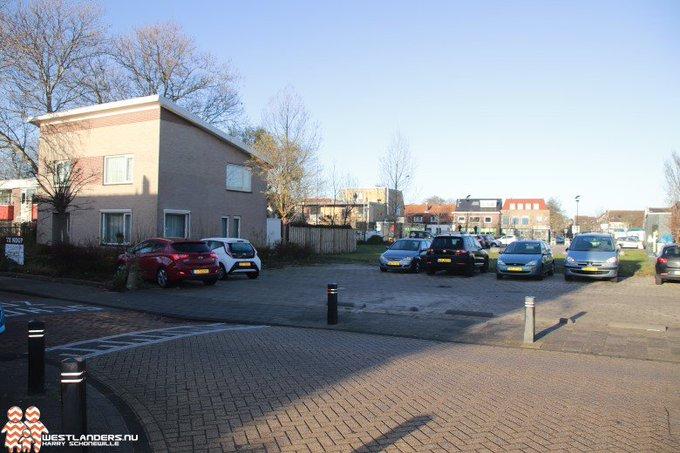 Aankoop voormalige ambtswoning nieuw impuls voor centrumplan Honselersdijk https://t.co/Os6hKVH5Pq https://t.co/JMnGlJ8lGL