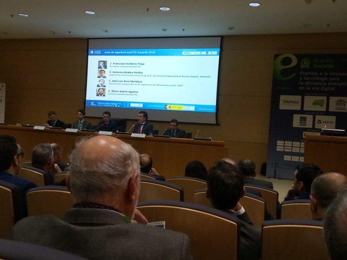 En los premios @enerTIC_es. Hoy es un día para premiar la eficiencia energética #enertic...