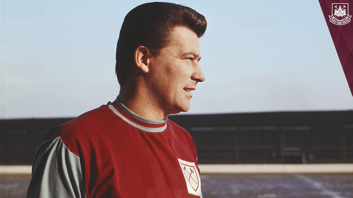 On December 12, 1964, @WestHamUtd beat @FulhamFC 2-0 at Upton Park thanks to two goals from Johnny Byrne. #WHUFC #OTD #FFC