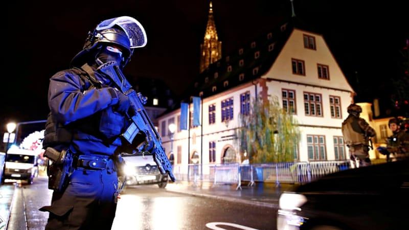 Strasbourg shooting: French police hunt for gunman aje.io/cll2z