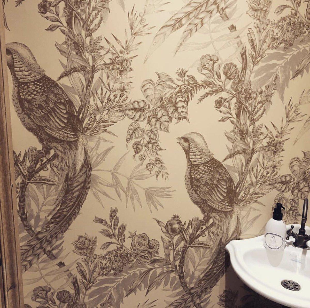 #wallpaper #tapete #design #print #pheasants #birds #Vögel #interiors #inneneinrichtung #interiordesign #raumgestaltung #interiordesigners #raumgestalter ...