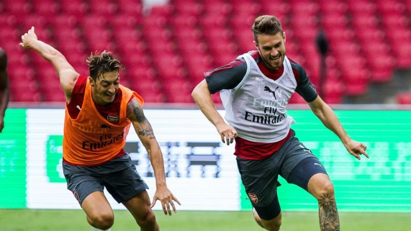 Aaron Ramsey and Mesut Ozil are both back in full training and available for selection against Qarabağ FK tomorrow.   #afc